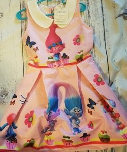 Other - NWT GIRLS SZ 6-7 TROLLS DRESS